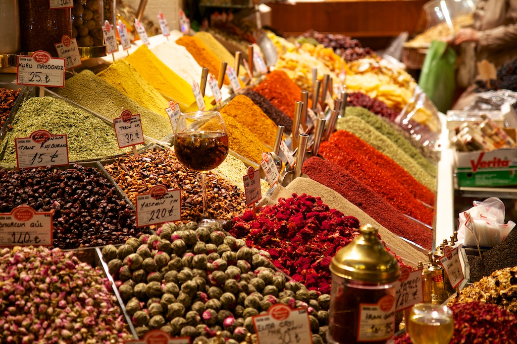 Colourful stall in the Istanbul Spice Market