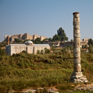 Last remaining pillar of the Temple of Artemis (Selcuk, Turkey)