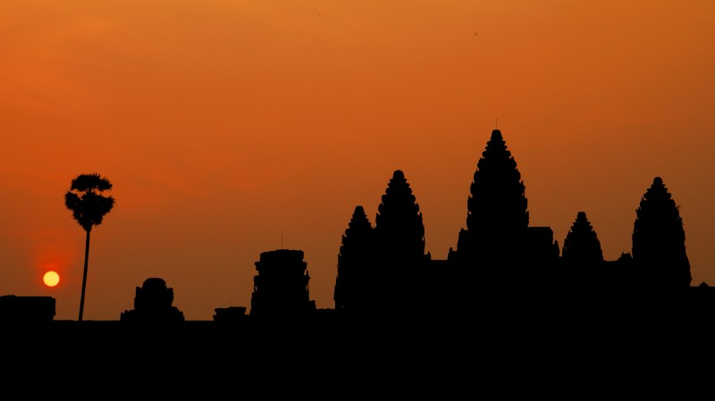 Sunrise silhouette at Angkor Wat temple (Siem Reap, Cambodia)