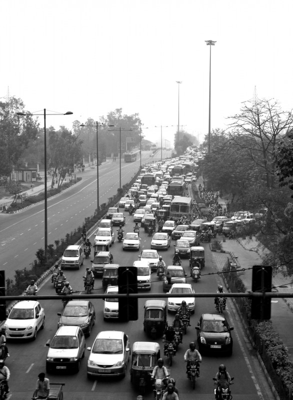 Traffic jam in only one direction in New Delhi, India
